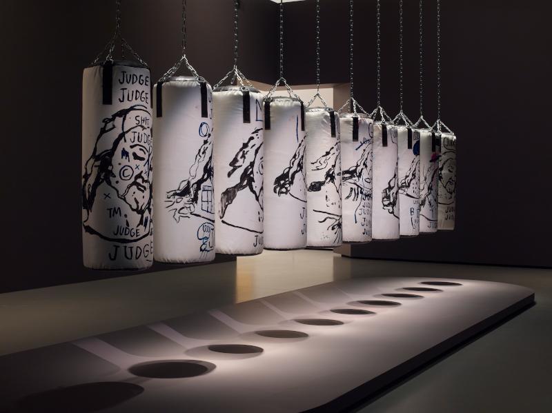 Barbara Hepworth : Barbara Hepworth Three Forms [Trois formes] 1935 Marbre H. 21 ; L. 53,2 ; P. 34,3 cm Tate Barbara Hepworth © Bowness Photo © Tate