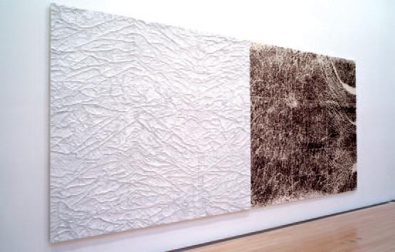 Rétrospective Giuseppe Penone : Peau de marbre sur épines d'acacia – main. 2004, © Archivio Penone