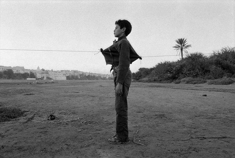 Maroc art d'identités : ©Hicham Benohoud, Azemmour, 2007, photographies argentiques, 50x60cm
