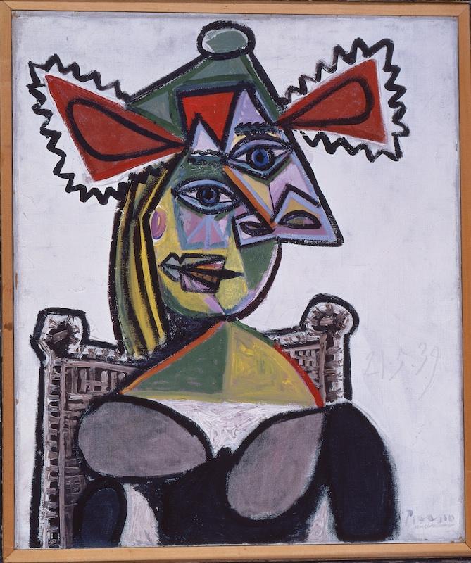 Collection Planque, l'exemple de Cézanne : Pablo Picasso, Femme au chapeau dans un fauteuil, 1939, huile sur toile, 65 x 54 cm. Fondation Jean et Suzanne Planque. Photo Luc Chessex © Succession Picasso 2011