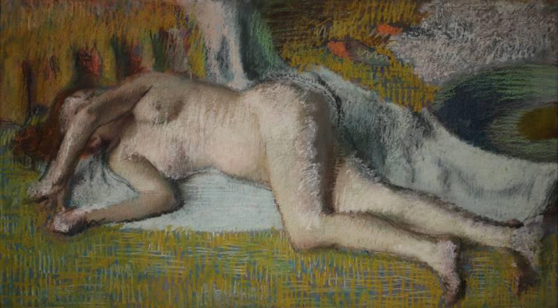Paul Valéry et les peintres : Edgar Degas (Paris, 1834 - 1917) Après le bain (femme nue couchée), c. 1885 Pastel sur papier, 49 x 88 cm Collection David et Ezra Nahmad ©Rodolphe-Haller Genève