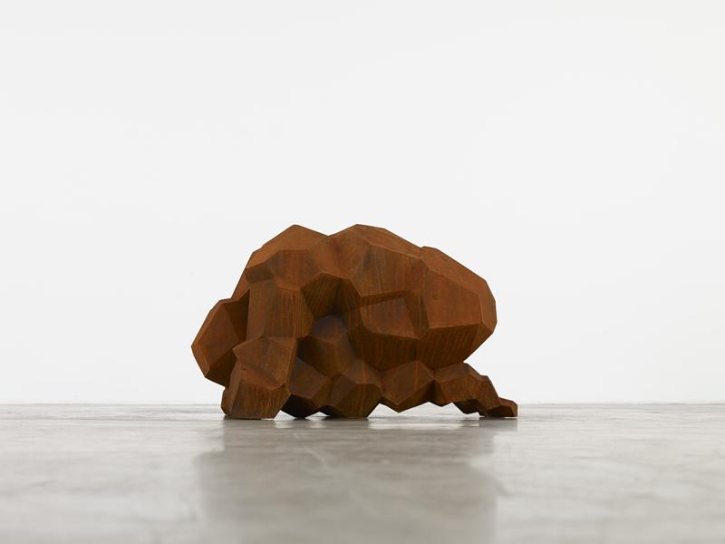 Everybody : Antony Gormley, CLENCH, 2013. Cast Iron, 49 x 50 x 84 cm. Courtesy Galerie Thaddaeus Ropac, Paris/Salzburg