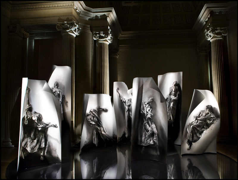 Ernest Pignon-Ernest - Extases : Extases. 2008, installation. © Ernest Pignon Ernest et galerie Lelong, Paris