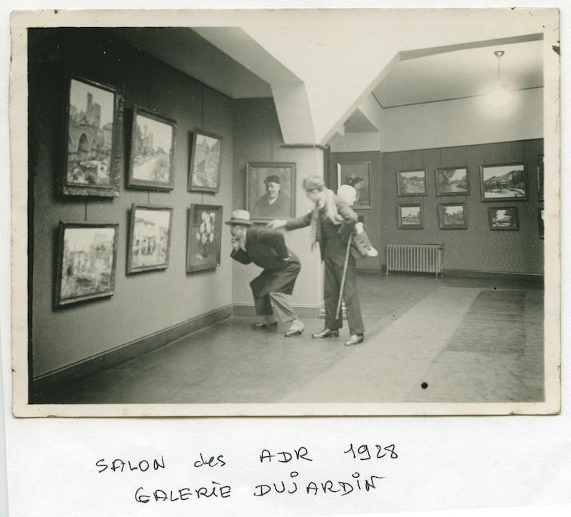 La galerie Dujardin (1905-1980) – L'art au XXe siècle à Roubaix : Vue du Salon des Amis de Roubaix à la Galerie Dujardin, 1928