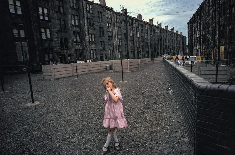 Raymond Depardon - Un moment si doux : Raymond Depardon, Glasgow, Écosse, 1980, 34 x 51 cm © Raymond Depardon / Magnum Photos
