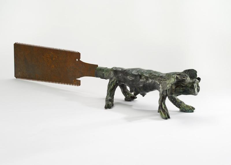 Collection LGR : Erik Dietman, Scie coréenne, 1991, bronze et fer, 12 x 66 x 10,5 cm © ADAGP, Paris, 2013. Photo F. Fernandez