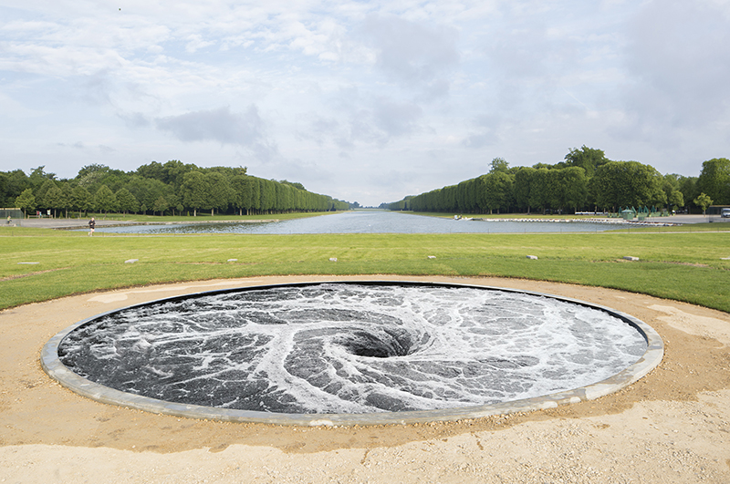 Anish Kapoor : Anish Kapoor. Descension. 2014. Courtesy Kapoor Studio and Kamel Mennour. Photo : Fabrice Seixas