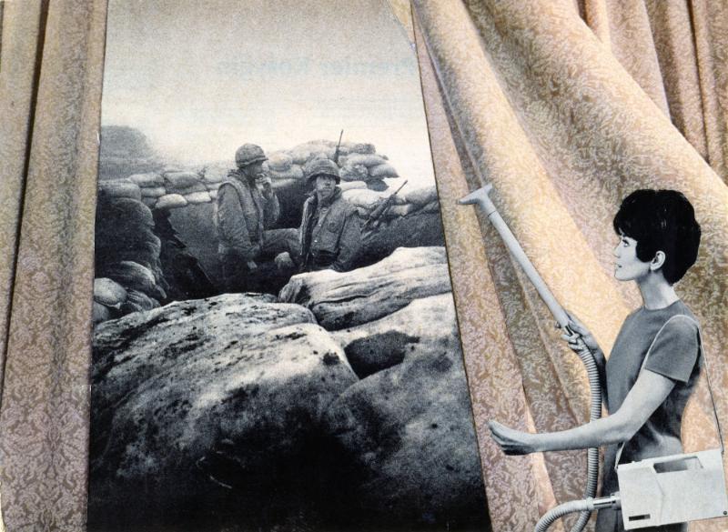 She-Bam Pow Pop Wizz ! Les Amazones du pop : Martha Rosler Cleaning the Drapes, from the series « House Beautiful: Bringing the War Home », ca. 1967-1972 Photomontage 51 x 61 cm Courtesy de l'artiste et de la Galerie Nagel Draxler, Berlin/ Cologne Tous droits réservés