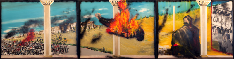 Stéphane Pencréac'h. Œuvres monumentales : Stéphane Penchréac'h. Tunis. 2013, huile et bombe sur toile, 195 x 780 cm en polyptique (3 parties).© ADAGP, Paris, 2014