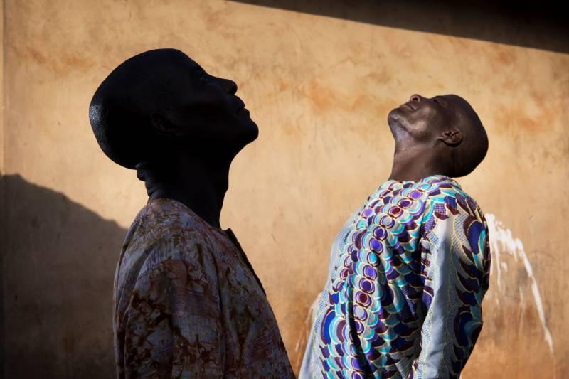 Croyances : faire et défaire : Sanne de Wilde et Bénédicte Kurzen, Land of Ibeji, 2018 © Sanne de Wilde et Bénédicte Kurzen / NOOR Photographies