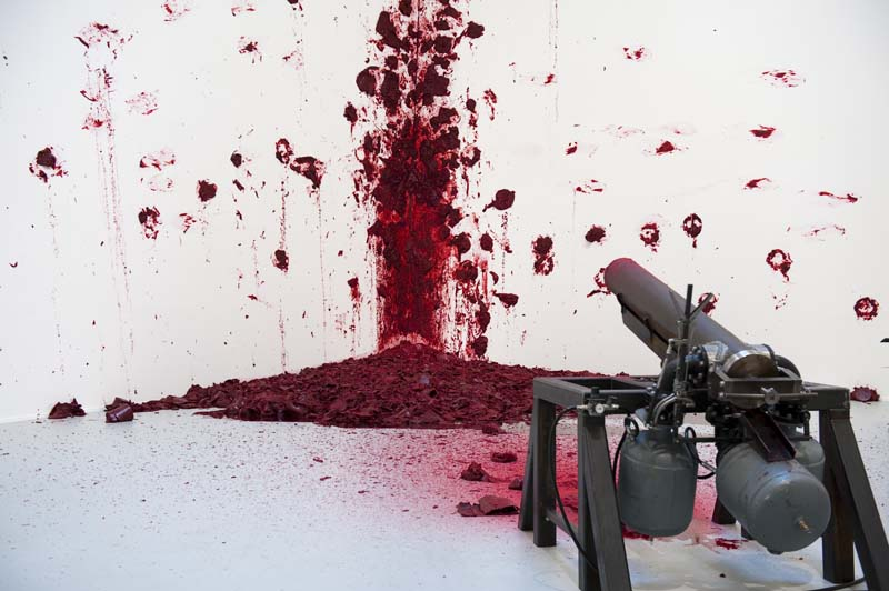 Anish Kapoor : Tirs aux coins © FMGB Guggenheim Bilbao Museoa, 2010