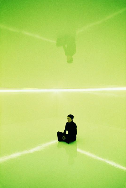"""Tania Mouraud - Une pièce de plus : """"Initiation Room n°2"""", 1971, Courtesy Galerie Dominique Fiat. Photo : Berengo-Gardin. ADAGP"""