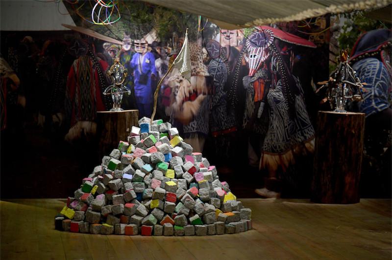 Pascale Marthine Tayou. Black Forest : Black Forest, Pascale Marthine Tayou - Fondation Clément, 2019. Photo Gérard Germain