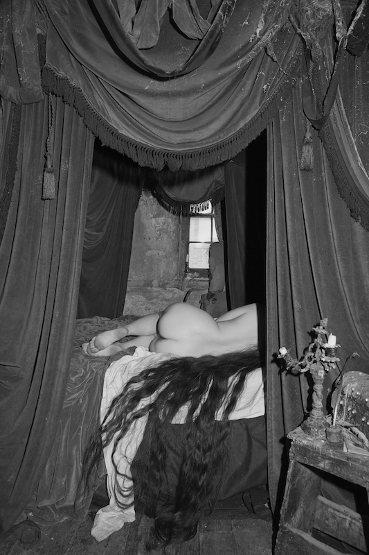 Le Cabaret du néant : Tereza Zelenková The Essential Solitude (série, photo II), 2017 Courtesy de l'artiste © Tereza Zelenková