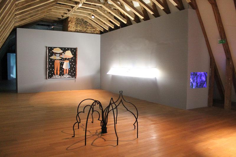 L'Iris de Lucy. Artistes africaines contemporaines : ZOULIKHA BOUABDELLAH L'Araignée 2015 Acier peint 170 x 170x 95 cm Courtesy de l'artiste et de la Galerie Sabrina Amrani, Madrid