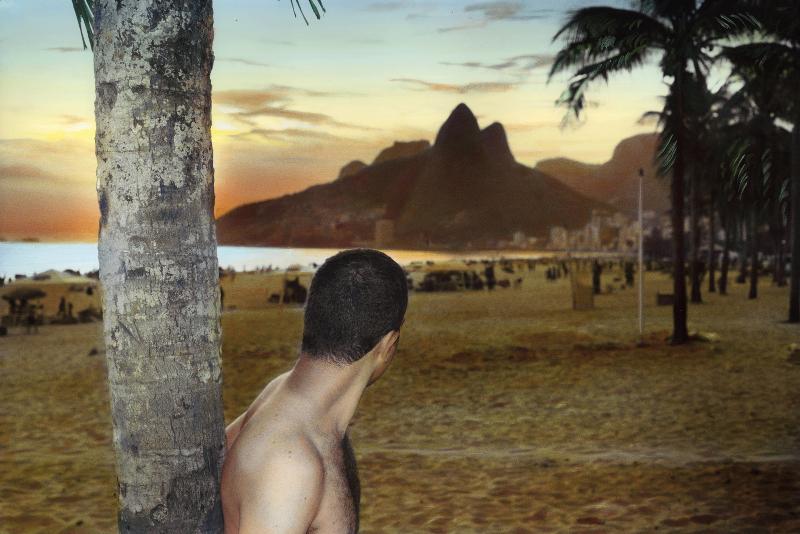 Palmiers, palmes et palmettes : Youssef Nabil, Self portrait with the sunset, Rio de Janeiro, 2005, Courtesy of the artist and Galerie Nathalie Obadia, Paris/Bruxelles
