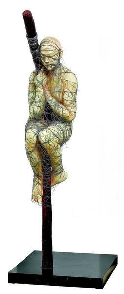 Le corps découvert : Mahi Binebine, Homme à la perche, 2011 Bronze, h. 250 cm Collection de l'artiste ©Mahi Binebine