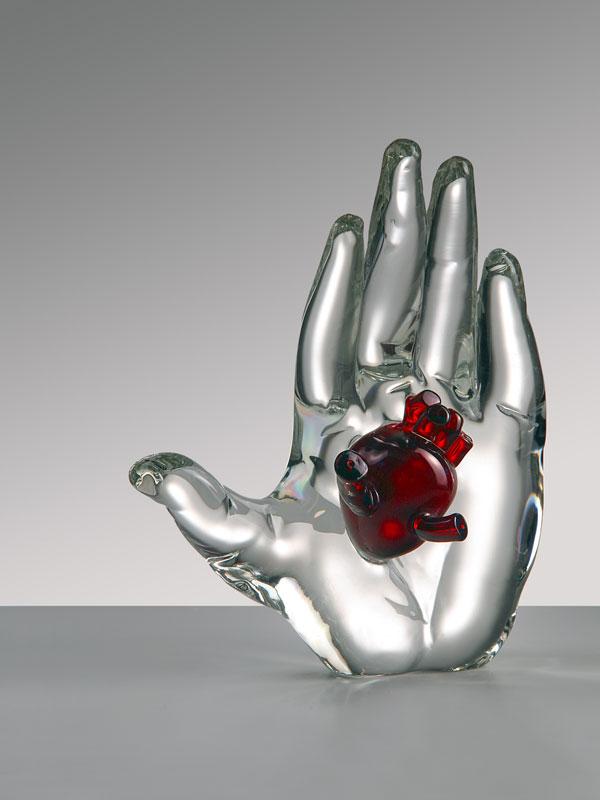 Mains dans la main : Mark Brusse