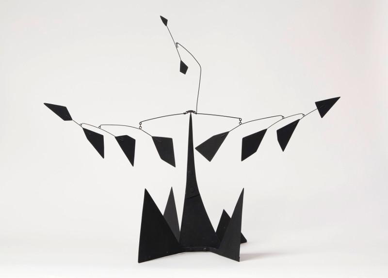 Alexander Calder – Arbres, Désigner l'abstraction :   Alexander Calder The Tree (maquette), vers 1958 Tôle, fil de fer et peinture, 64,5 cm x 73,5 x 38 cm Calder Foundation, New York © 2013, Calder Foundation, New York / ProLitteris, Zurich