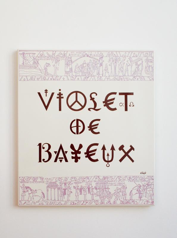 Le Violet de Bayeux. : Jacques Villeglé, Violet de Bayeux © le Radar, Espace d'Art Actuel. © ADAGP 2010.
