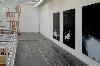 Human Being, Black Sound, Black Human… : Au mur - Steeve Bauras, White dreams, 2007-2016. A gauche - Sébastien Gschwind, The line - undying, 2018.Photo : Steeve Bauras