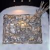 Laurent Konqui : Laurent Konqui. Visionnaire. Technique mixte. Lunettes années 70, calculatrices et rubik's cubes sur bois. 94*117 cm.  Courtesy de l'artiste.