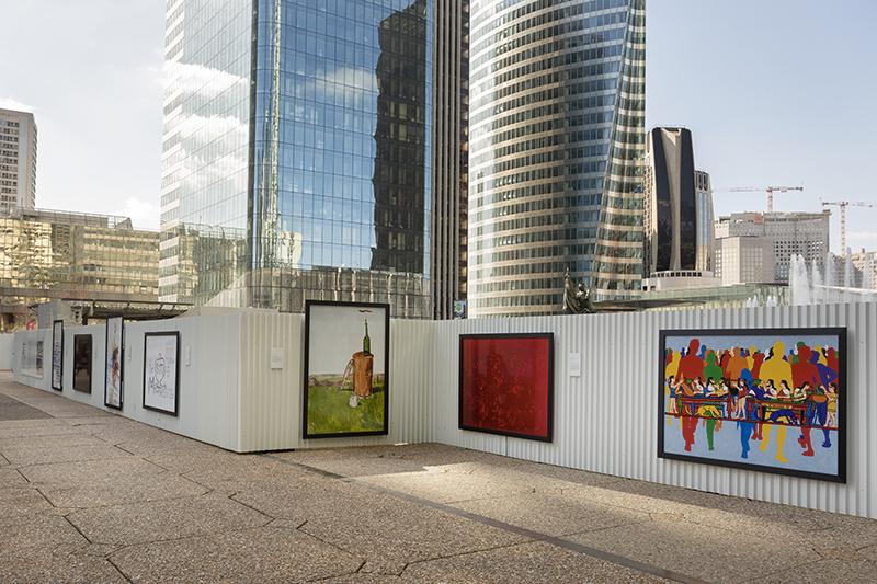 À La Défense, des œuvres s'affichent pour La Source