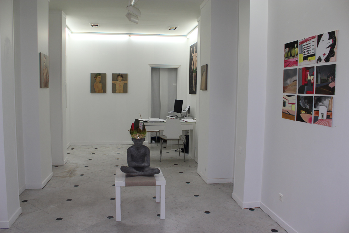Mamia Bretesché Gallery