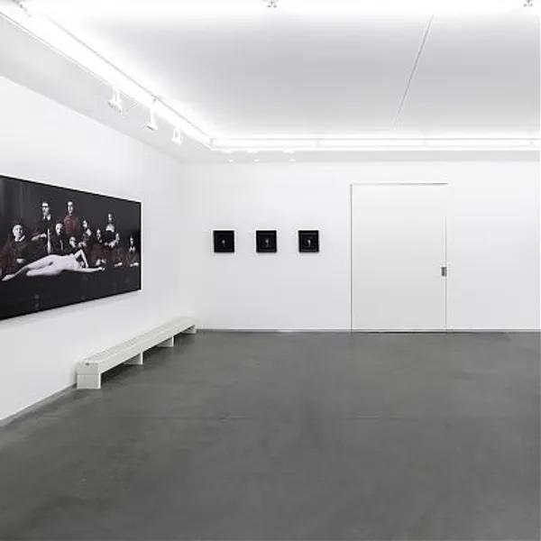 >Galleries